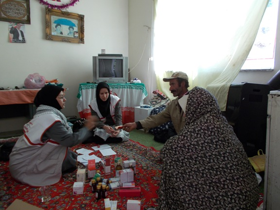 گزارش تصویری از اعزام اکیپ پزشکی به روستای انجلین خرمدره در هفته ی دفاع مقدس