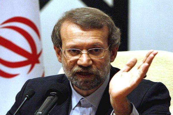 لاریجانی: توهین به جوان زائر در کشور مدعی اسلامیت فضاحت بار است