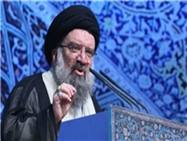 """شعار طاغوت """"ما نمی توانیم"""" بود، به برکت انقلاب اسلامی شعار ما می توانیم به صحنه آمد/ایران از معدود کشورهای مستقل جهان است/اهل قلم و خطابه در امید مردم بدمید نه در ناامیدی"""