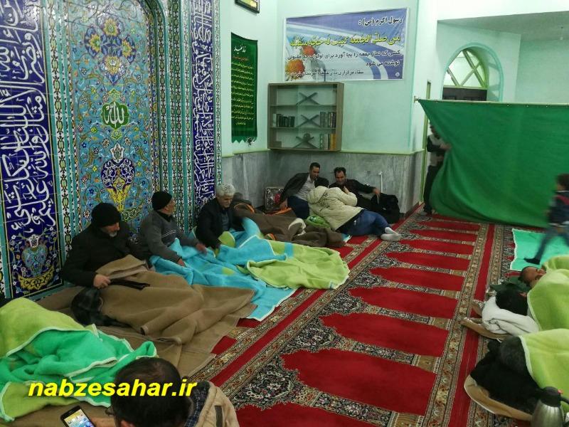 اسکان ۱۴۰ مسافر در راه مانده در مساجد خرم دره