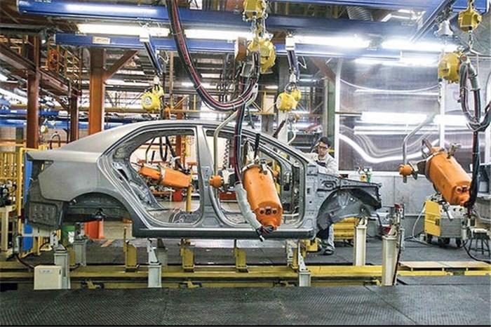 چرا خودروساز خوبی نیستیم؟ / صنایع دفاعی پیشران اما صنعت خودروسازی جامانده در تولید ملی برتر!