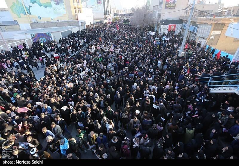 عکس/ سیل عاشقان در کرمان