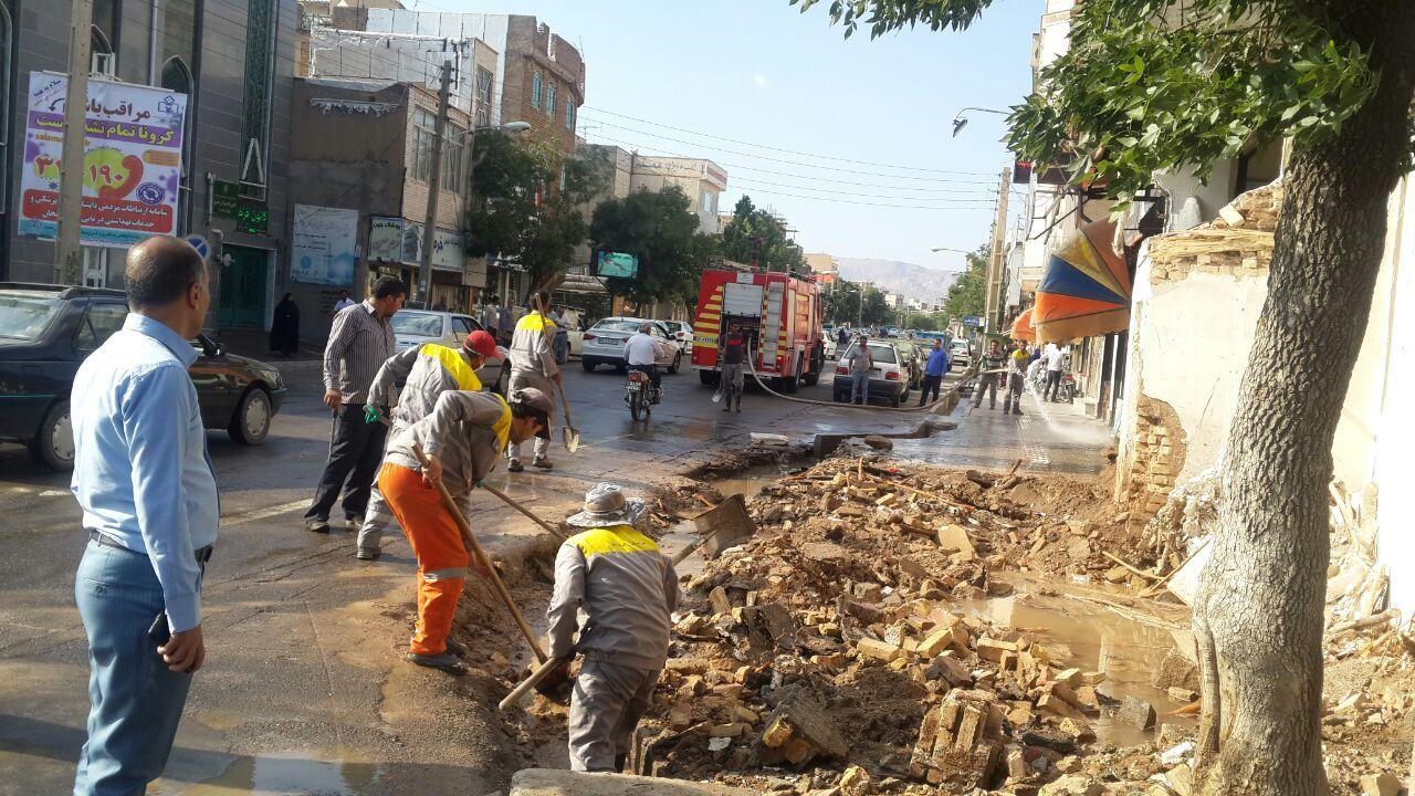بازگشایی ابتدای خیابان باهنر توسط شهرداری خرمدره
