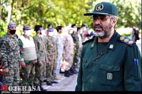 سپاه به عنوان یک وظیفه در همه حالات در کنار مردم قرار دارد